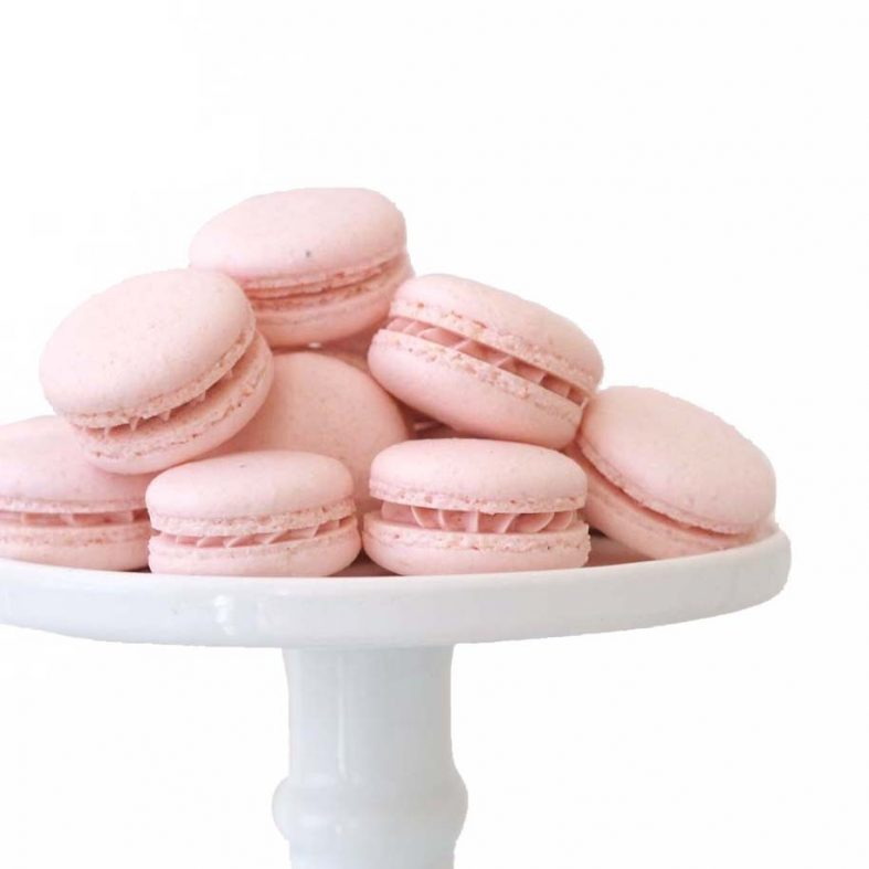 Order Pink French Macarons in Utrecht